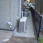 雑草が生えない効果もうれしい 大きな音が出る砂利 1階の庭 防犯対策 ノラ猫対策に