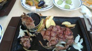 ステーキガスト お肉が柔らかくて美味しいステーキ☆ 焼き立てパンやサラダ、デザートも