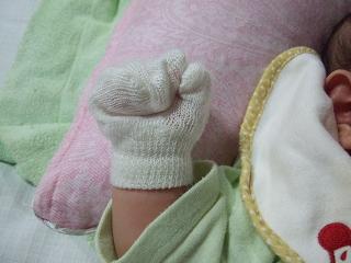 赤ちゃん かきむしり防止手袋 軍手