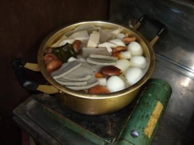 大鍋で作るおでん